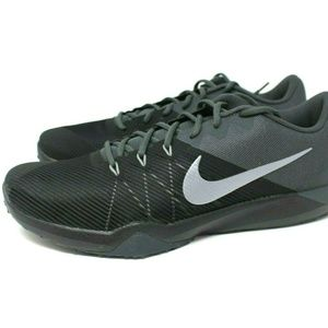 NEW Nike Retaliation Size 15 TR Men's Shoes